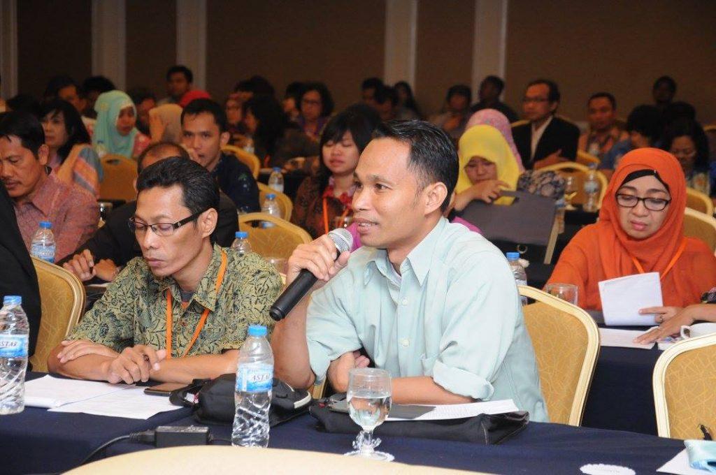 Diskusi Panel Pengelolaan Repositori - 21 Oktober 2015